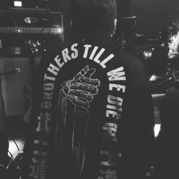 @alexipunto_brothers_till_we_die_merch